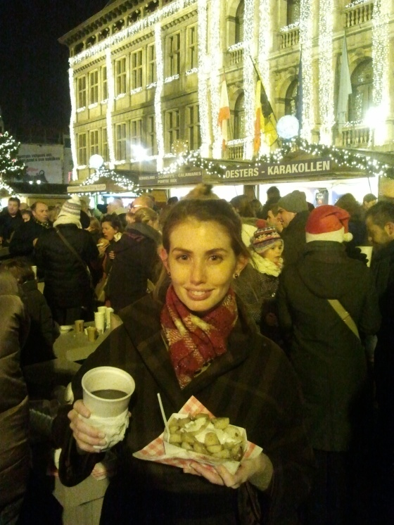 Me enjoying spekpatatjes met looksaus and Glühwein the first night of the Kerstmarkt!