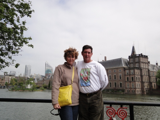 Mom and Dad in front of the Hofvijver