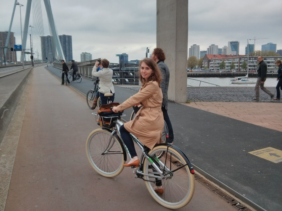Biking up the Erasmus bridge!
