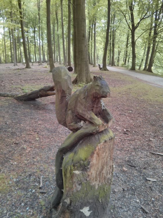 Another wooden sculpture in the Haagse Bos