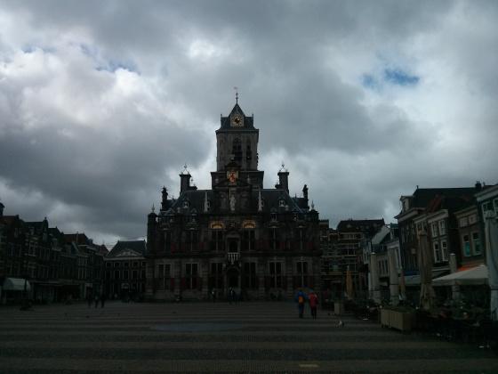My overcast photo of City Hall on the Markt