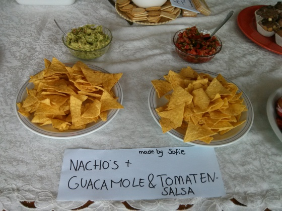 Sofie's nachos with guacamole and salsa