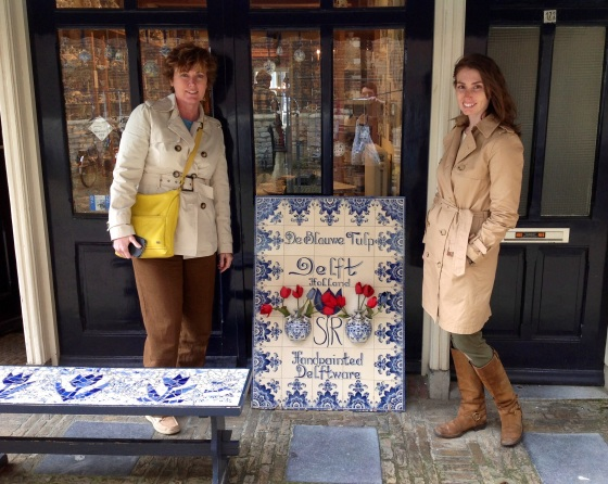 De Blauwe Tulip, another small Delftware factory in the city center