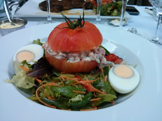 Main Course: Tomate aux crevettes