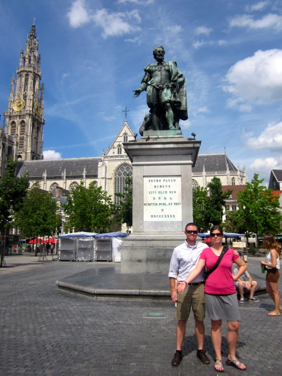 Grayson and Tamar in front of Peter Paul Rubens' statue