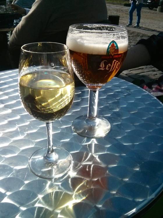 Chardonnay for me and a Leffe Blond for Koen