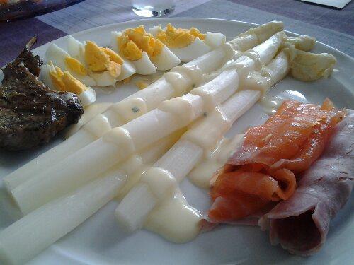 White Asparagus prepared the Dutch way