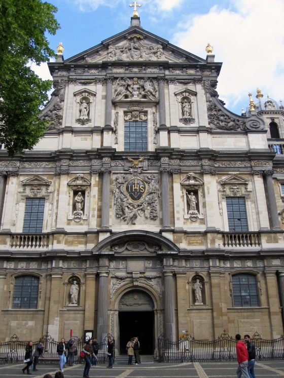Front of the Sint Carolus Borromeus Church