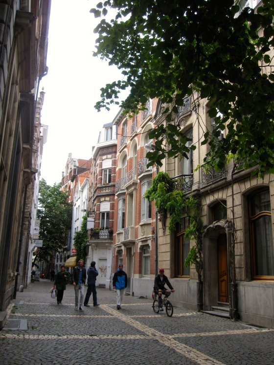Lovely side streets on the Hendrik Conscienceplein