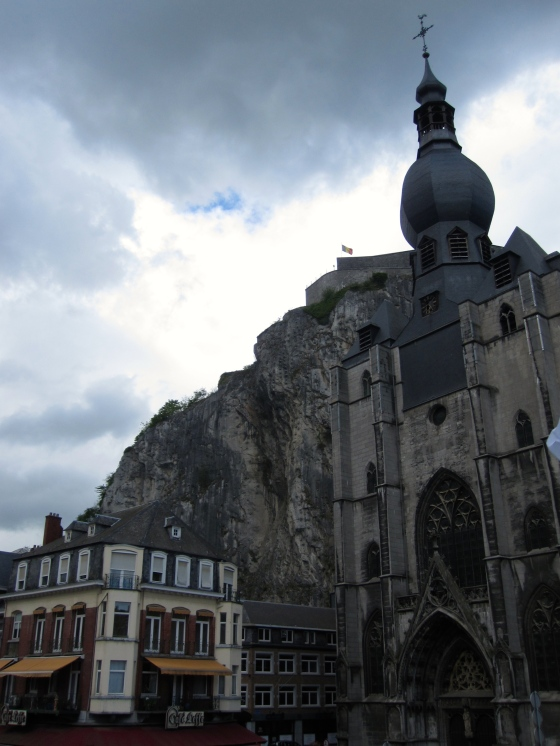 Leaving Dinant, taking our last photos!