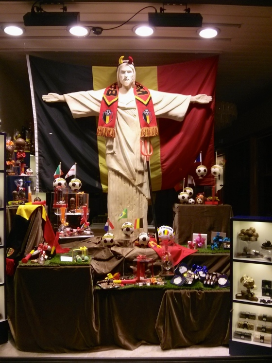 Chocolate shop in Antwerp supporting the Red Devils in Brazil