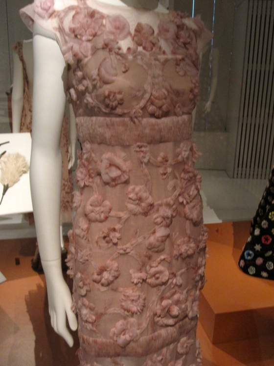 Chanel, Haute Couture Autumn-Winter 2012-2013; Long dress and organza decorated with camellia feathers.