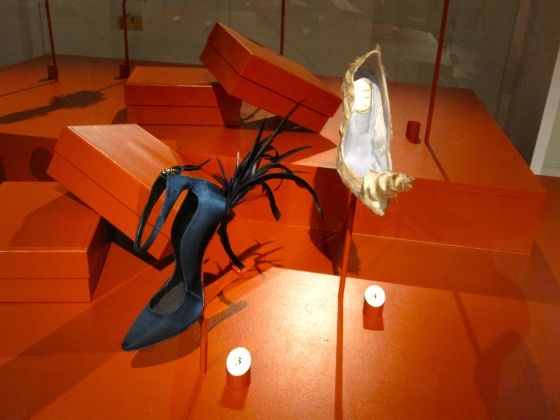 Left: Roger Vivier, Autumn-Winter 2011-2012; Eyelash, pump in leather, silk satin and man-made fibre with chicken feathers Right: Roger Vivier, Haute Couture Spring-Summer 2010; Licorne sans Lecture, pump in leather, man-made fiber, silk satin with treated and coloured chicken feathers on the tip