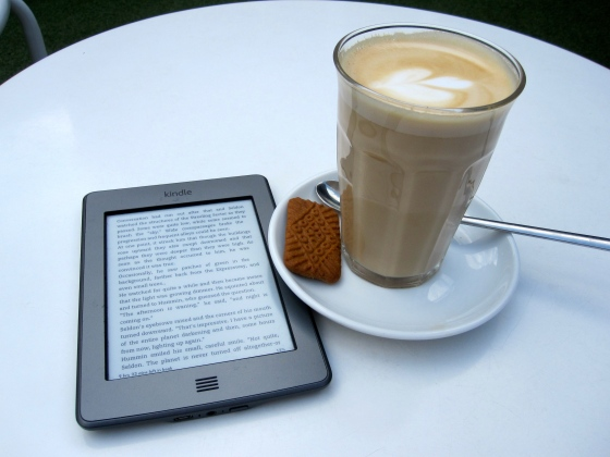 My Kindle and latte