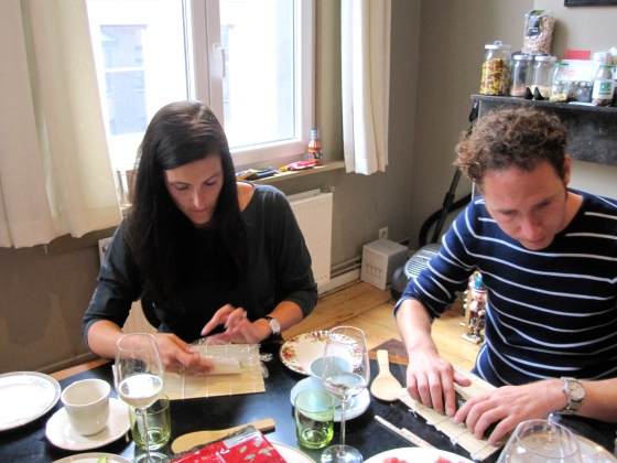 Hannah and Chris rolling their makizushi