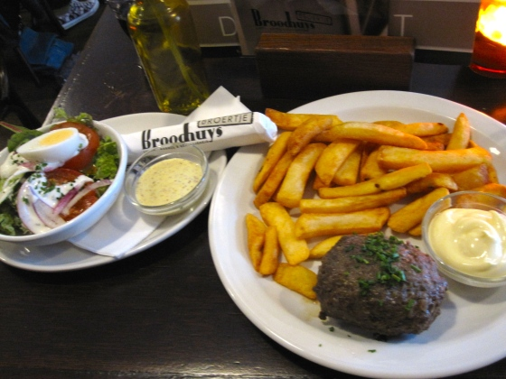 Typical Dutch - meatball and fries