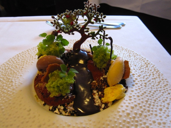 Koen's Dessert: Botanique, a sweet garden with milk chocolate and accents of hazelnut, passion fruit, mango and lime