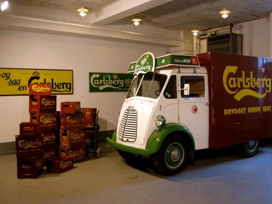 Old Carlsberg truck