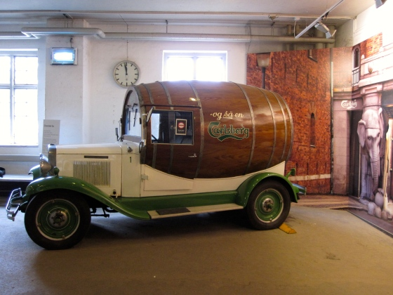 Barrel-car