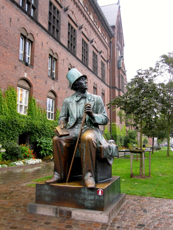 Statue of Hans Christian Andersen at City Hall Square