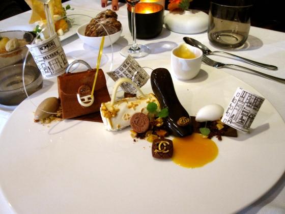 Komedieplaats: chocolate dessert for fashionistas!