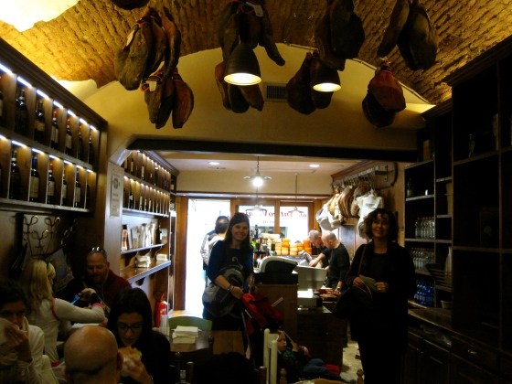 Inside All'Antico Vinaio