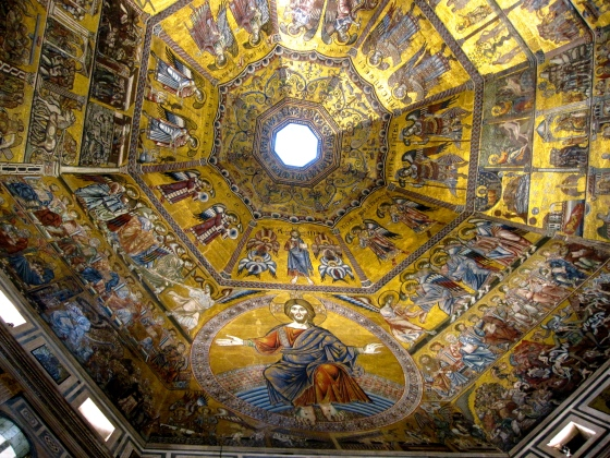 Christ in Judgement, with scenes from the Last Judgement occupying three of the dome's eight segments