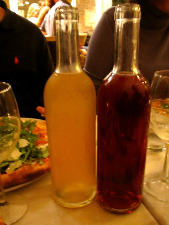 Leoni Bianci and Leoni Rosso family wines to accompany our pizzas!